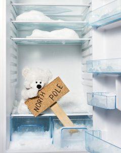 откуда лед в холодильнике и морозилке