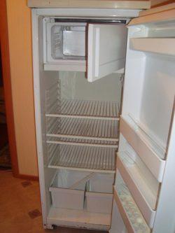 Уплотнитель двери холодильника Атлант (Минск) 216